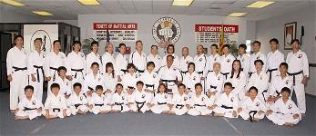 duc-dang-taekwondo-black-belt-students-of-the-hwa-rang-kwan-martial-arts-academy